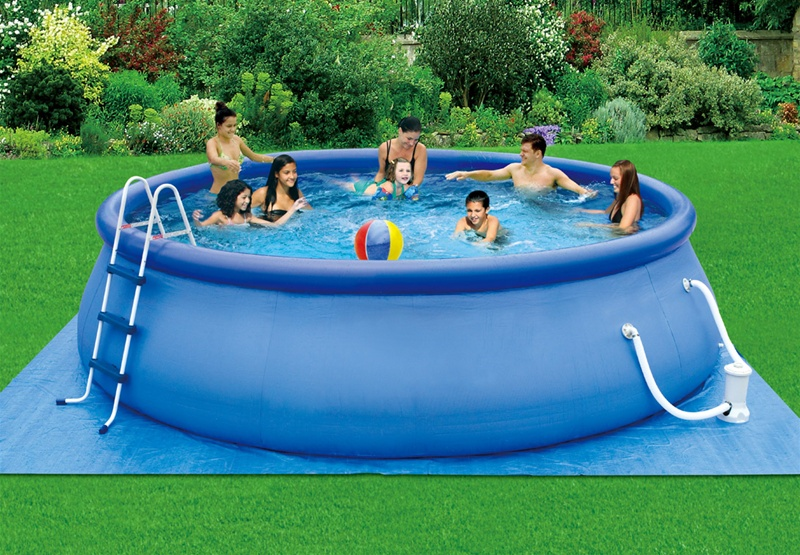 Swimming-Inflatable-Pools-for-Summer